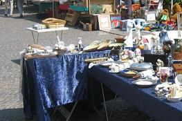 Flea Markets & Antiquity Fairs