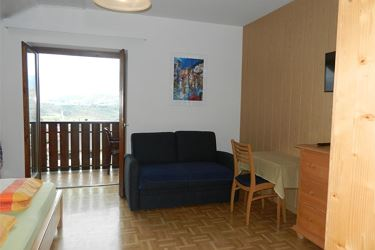triple room with balcony nr.02